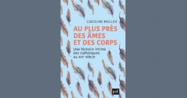 Revue de presse – Au plus près des âmes et des corps de Caroline Muller